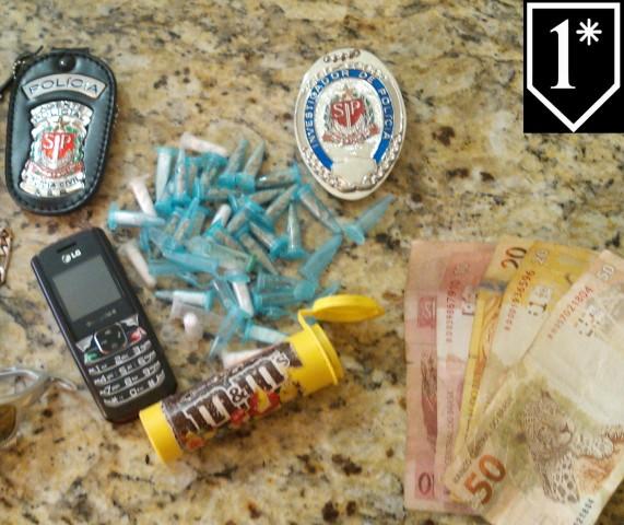 Policia Civil realiza operações de combate ao crime, várias pessoas foram detidas, drogas e cerca de mil maços de cigarros foram apreendidos.