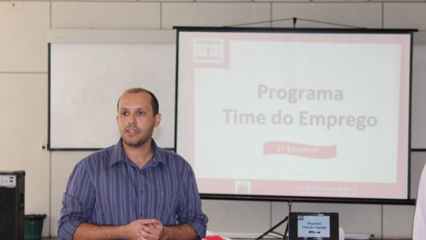 O Time do Emprego é um programa da SERT – Secretaria de Emprego e Relações do Trabalho, do Governo do Estado, em parceria com o PAT – Posto de Atendimento ao Trabalhador de Capivari. São 12 encontros, de quatro horas cada, totalizando 48 horas de treinamento.
