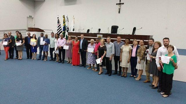 Vereadores de Capivari prestam homenagens pelo dia Internacional da Mulher
